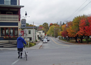 The little town of Knowlton welcomes cyclists with excellent restaurants, and lots of interesting shops.