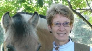 Barbara Thomke and friend horizontal-crop