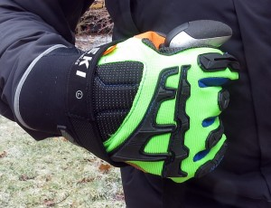 The Ergodyne 925F(X)OD became a backcountry favorite; the armor on the back of the hand was great for slapping branches away at speed. (EasternSlopes.com)