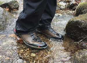 Vasue Coldspark Ultradry in wet hiking conditions